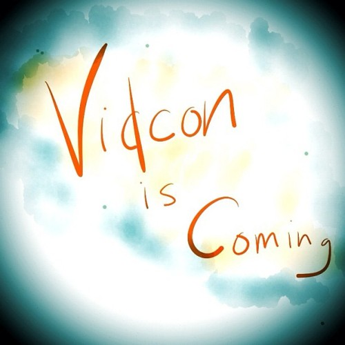elizziebeth:  michaelmidnight:  VidCon is coming!   Someone mentioned VidCon in G+ last night and I nearly started to cry.  Ugh, I'mma miss y'all this year <3  i have no idea how i'm going to to survive vidcon without you