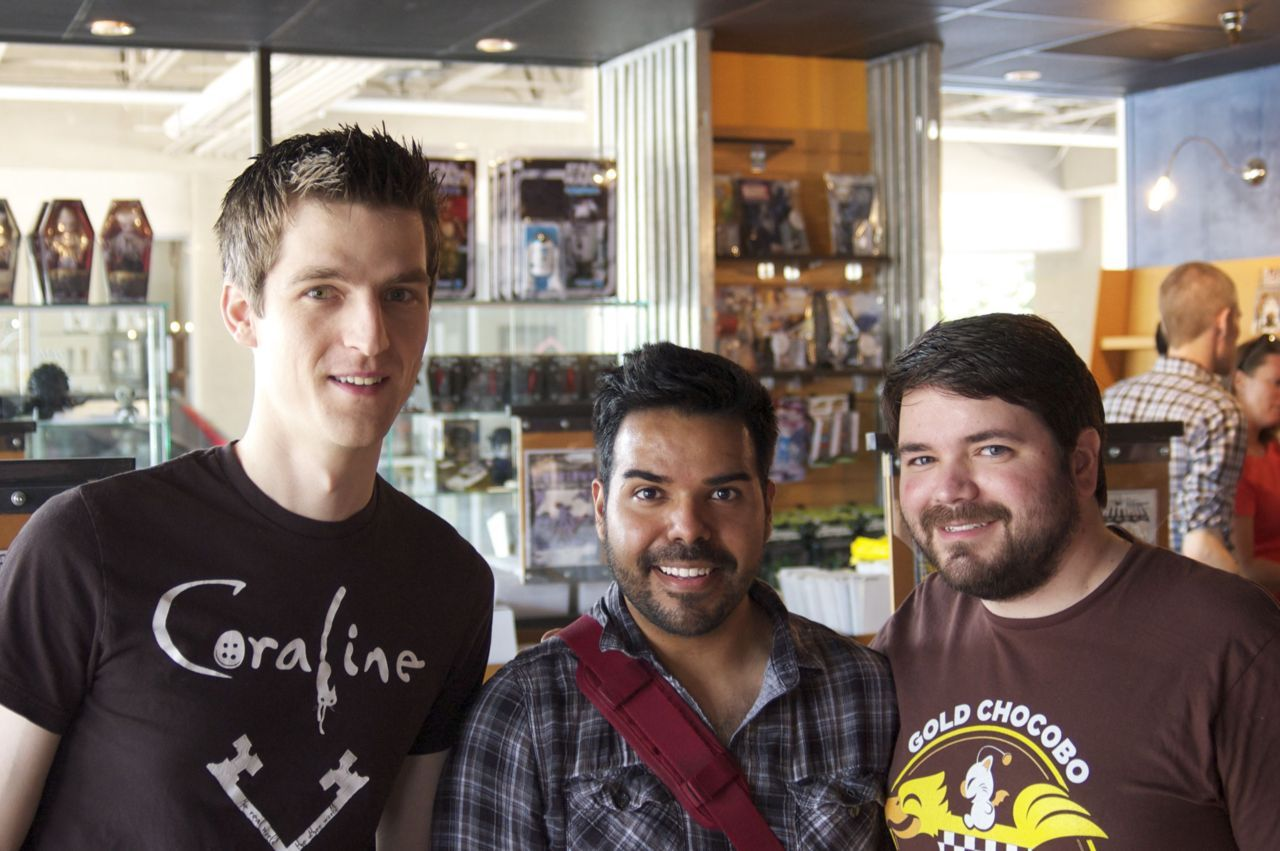 ruebs:  Kellen, me and Aaron M. @ Zeus Comics for Free comic book day! Check out more photos @ www.mutantaday.com !