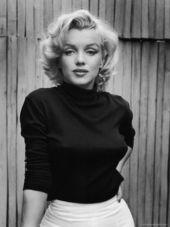 Marilyn (via marilyn-monroe « The Fashion Bomb Blog /// All Urban Fashion… All the Time - All Urban Fashion // All the Time)