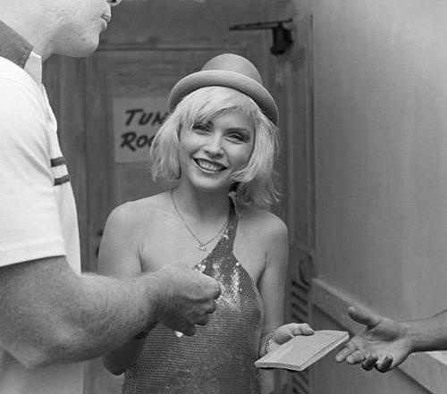 ad0rable-illusion:  Debbie Harry