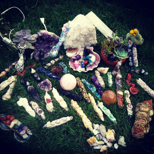 Charging Wands and crystals for the super moon . Moon light energy is the energy of the Mother Goddess. Her energy is absorb by the stones and healing wands . When working with the stones and wand the super moon energy pours into your aura. Allowing one to accept change, welcome re-birth, and new beginnings. Moon light energy is divine, and sacred. Our ancestors have know the connection we have with mother moon, and so do our crystals. Lets honor her thank her , take in her energy. She is so good to us. Ascension wands are able to direct the moons energy into specific chakras, and cleanse our auras with the moon goddess divine cosmic energy.