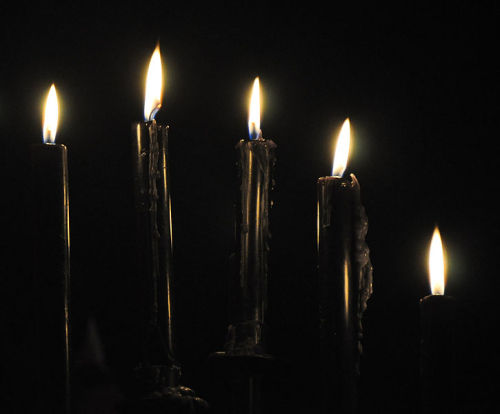 sedechainer:  Black Candles  Black candles are used to combat evil and negativity surrounding us, and to mark the end of an event and the beginning of a new one. Opens up the deeper levels of the unconscious; use in rituals to induce a deep meditational state, or to banish evil or negativity as in uncrossing rituals; attracts Saturn energy. Binding Shapeshifting  Protection  Repels Negativity