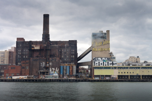 lilyqian:  The Domino Sugar Refinery | Brooklyn water front in Willamsburg