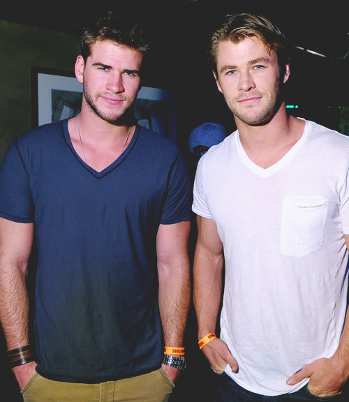 lolsupslut:  can i have you both or what   Thor and gale are brothers?!?!!!!