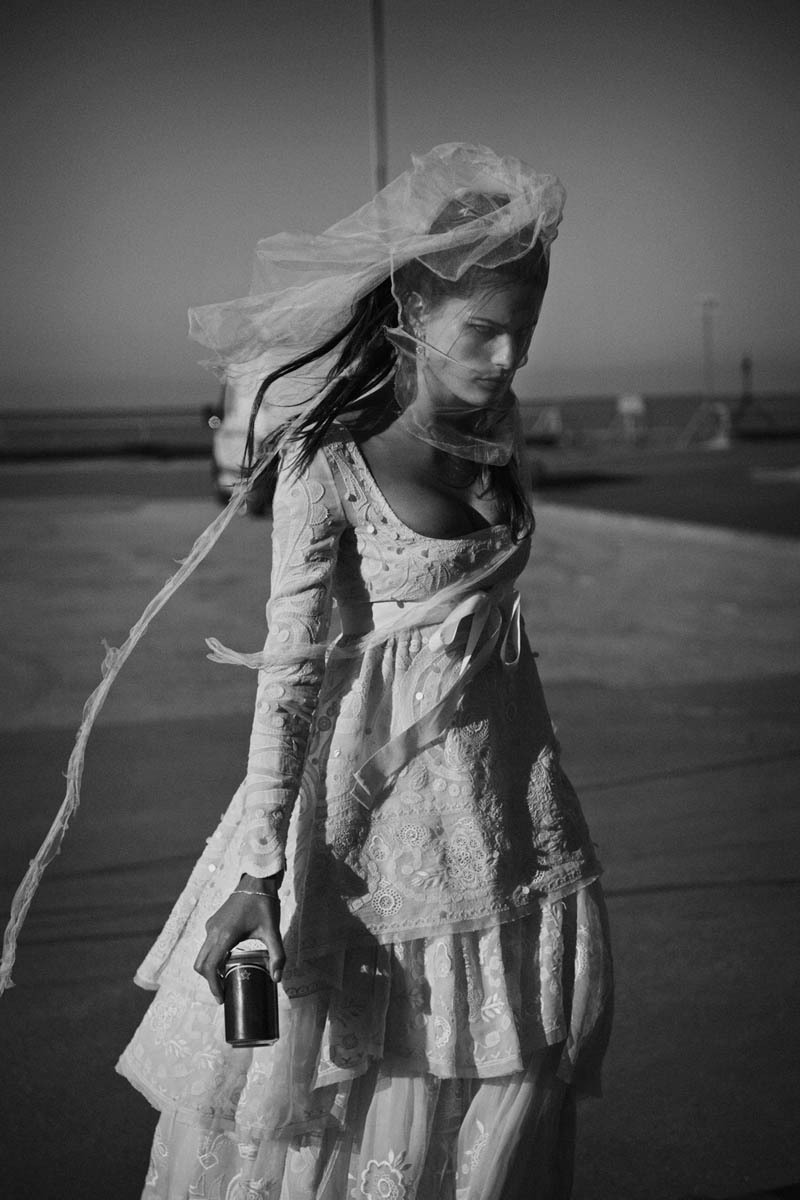 Vogue Paris April 2012 Isabeli Fontana by Peter Lindbergh