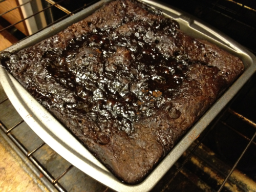 Since it's Cinco de Mayo, I decided to bake a Hot Fudge Pudding Cake.   I really have no idea what one has to do with the other, but look at that thing and try and convince me it was a bad idea.