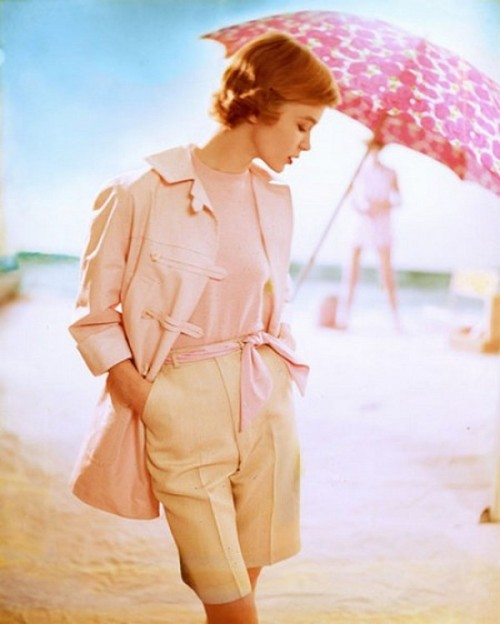 theniftyfifties:  Summer fashion for Harper's Bazaar, June 1954.