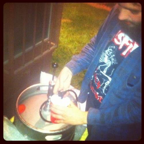 "@bobsagettsnose tryna ""Smoke"" the whole keg (Taken with Instagram at Cinco de Drinko)"