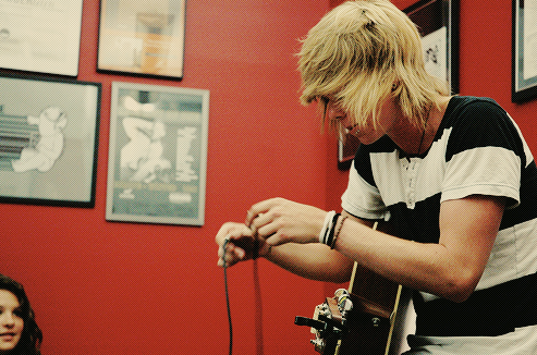 Little Ingle Things: Blonde Hair Phase.