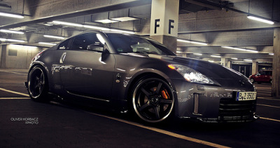 crash—test:  350z fairlady (by O.HORBACZ)