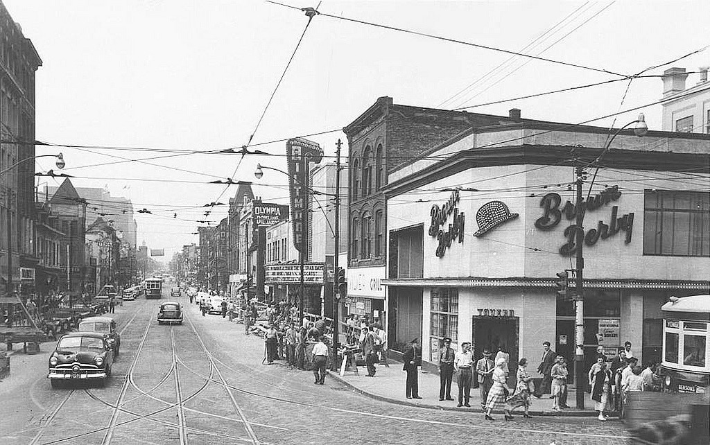 The Brown Derby in 1950, Toronto