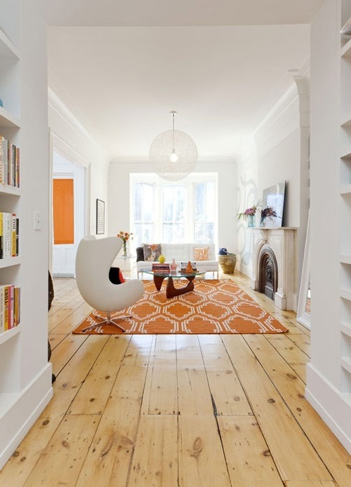 dyingofcute:  white and orange design  (This looks like home in Sweden.)