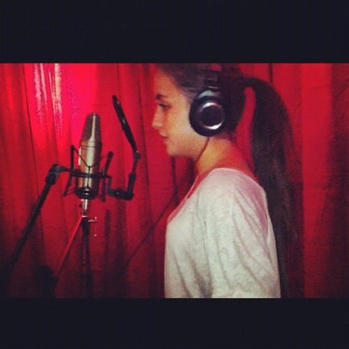 Miss being in tha studio #me #singing #in #the #studio #brunette #girl #blue #eyes #swag #sweden #swedish #girl #smile #ig #instagram #instabam #instafun #instagood #instaonly #instadaily #iphone4 #iphoneonly #followme #followback #belieber #jj #jj_forum #apple #picoftheday #photooftheday #picture #instago (Taken with Instagram at Studio)