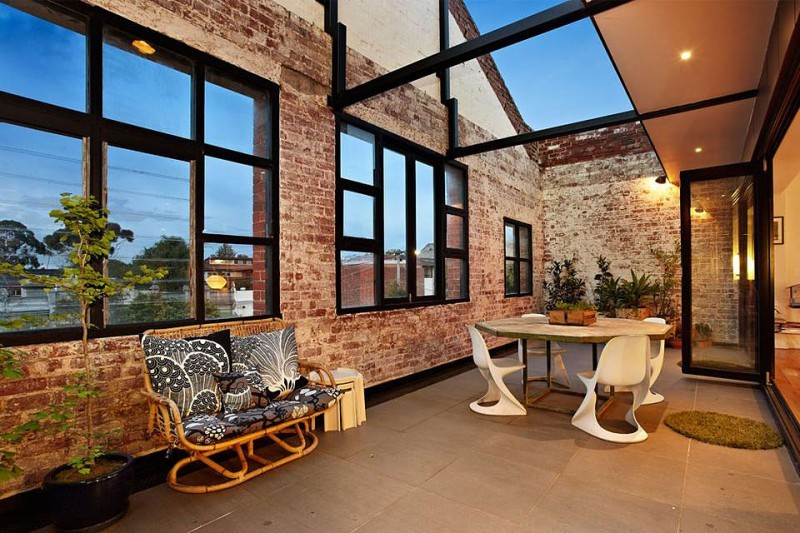 homeandinteriors:  New York-Style Warehouse Conversion in Melbourne