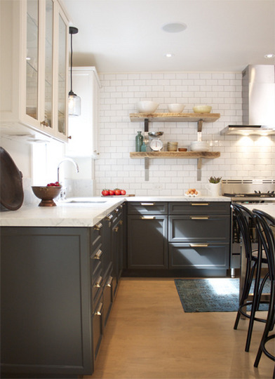 (via Growing Trend: Bi-Color Kitchen Cabinets | Apartment Therapy)