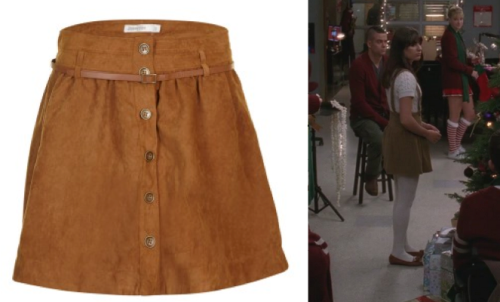 Add a pair of Braces and grab Rachel's skirt Jupe Camel Effet Suedine €9,99