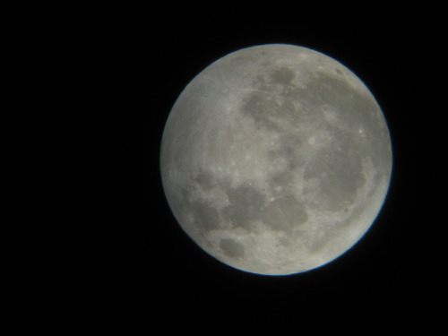 "Taken through my 8"" dobsonian. Had to hold my old compact camera to the eyepiece so it's not the most stable image. from -bain-"