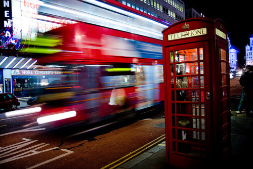 Don't want to see your London bus fly by? There's an app for that. And we've shared 4 of our favourites. 各位是否不想再錯過公車?英國倫敦有相關手機應用程式,喔不,其實有好幾個。