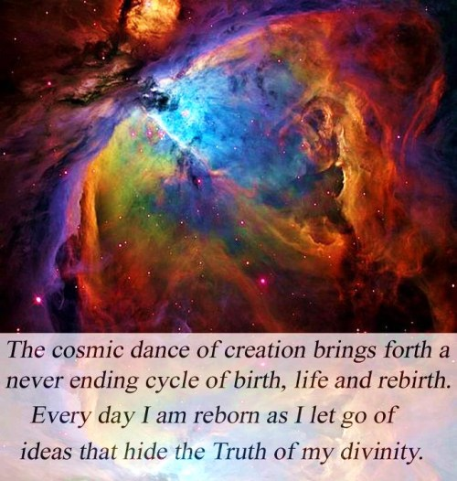 fractaledgalaxies:  The Cosmic Dance