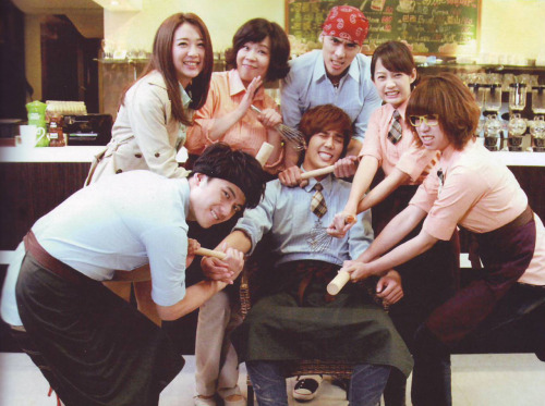wackybabyid501:  Jungmin and his fellow cast of Fondant Garden. From *fans magazine