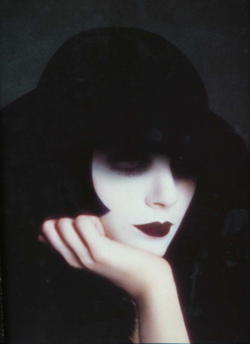 mlle:  tonyniko:  Serge Lutens, Despointes (Unknown Lady in a Hat), 1972.  and did it work out so that adulthood was in fact— a subtler masquerade? let me refer you to this mask.
