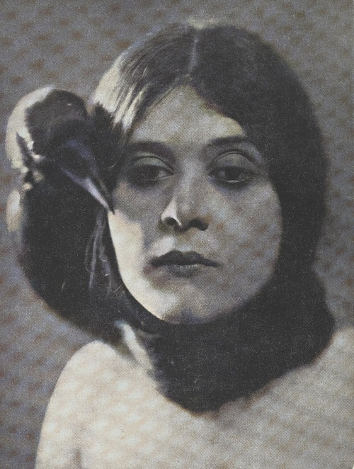 Theda Bara, January 1917.