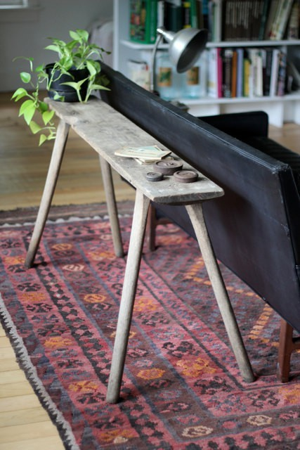 foxontherun:  (via pretties for my home one day / the farmhouse table and rug)