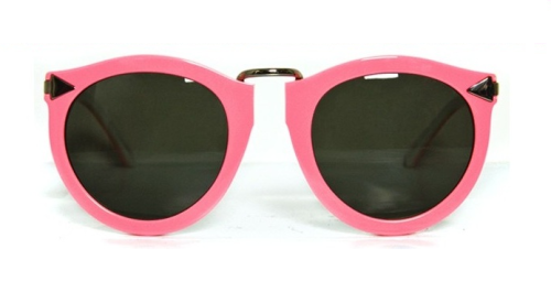 what-do-i-wear:  pink karen walker sunnies, here.