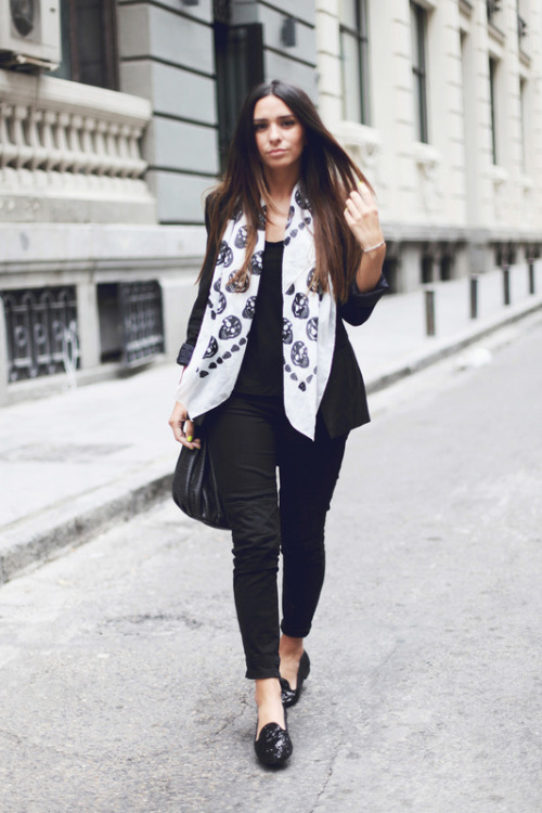 what-do-i-wear:  Blazer: Bershka 2. t- shirt: Zara 3. pants: Zara 4. scarf: Primark 5. Slippers: Asos 6. bag: Zara (image: gossipsmademe)