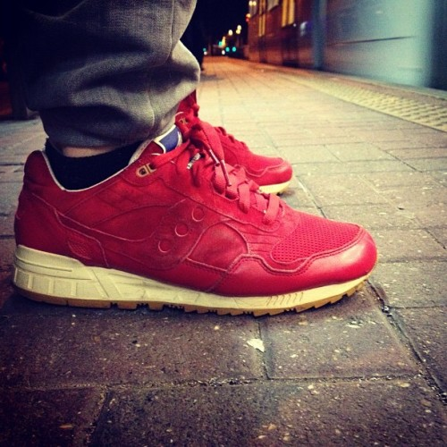 supportyourlocalbodega:  Bodega x Saucony Elite Shadow 5000 (via sneakerb0b)