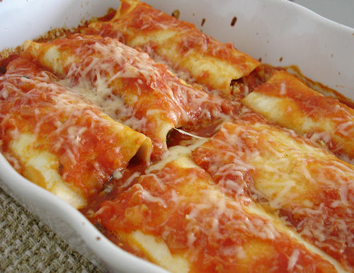 in-my-mouth:  Lasagna