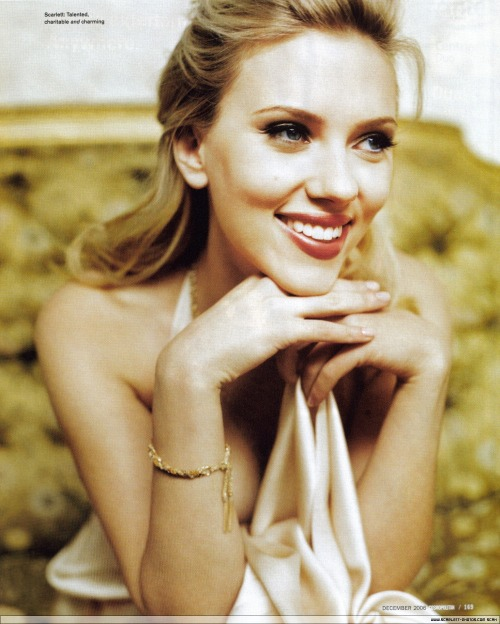 Scarlett Johansson smiles. You will also like: smiles and other things.