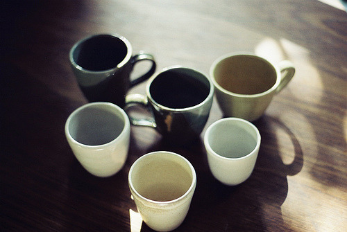 nov-el:  cups (by tom_tom)