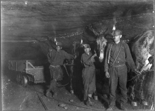 collective-history:  Child coal miners in West Virginia 1908