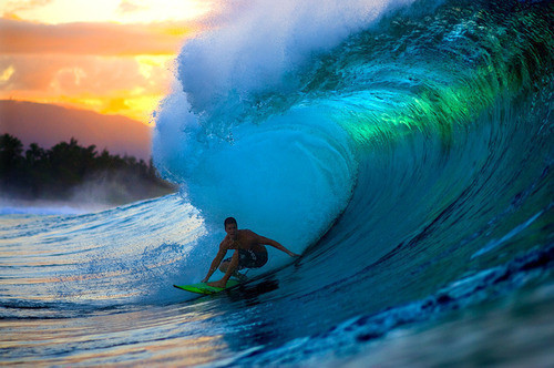 Oh wow, love the light in that wave <3