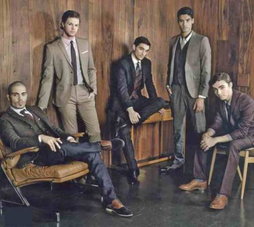 oh i do love a man in a suit, especially if it's The Wanted! <3