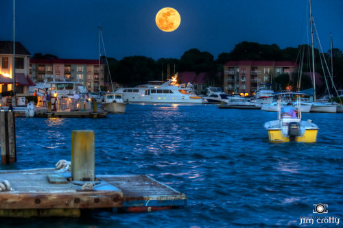 Supermoon rising on May 5 2012 over Harbor Town on Hilton Head Island, South Carolina