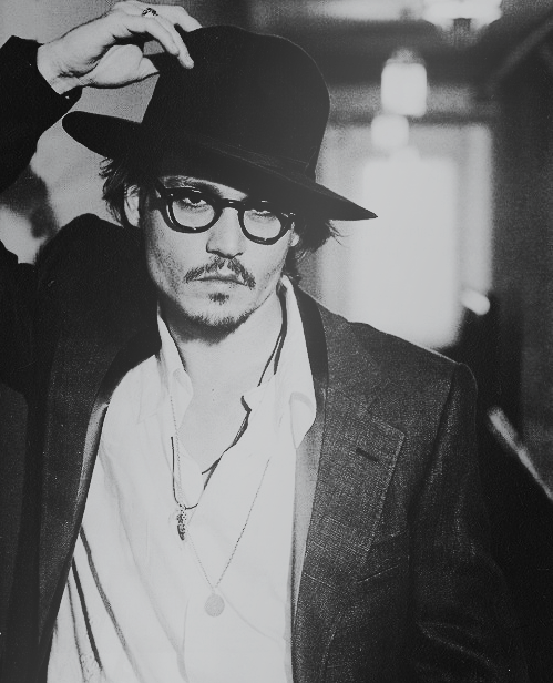 "radepp:   ""I pretty much try to stay in a constant state of confusion just because of the expression it leaves on my face.""                                                                                               Johnny Depp"