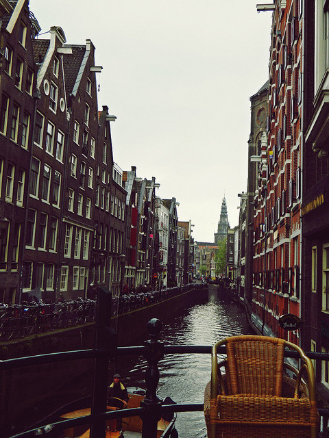 ysvoice:  Amsterdam  | by Tiffany Payant | via tnphoto | midnightineurope