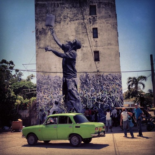 photo © JR JR is in Cuba for the next phase of his ongoing The Wrinkles Of The City project. While there, the French street artist documents the people and their culture, enjoying the hospitality of the locals on the island where life seems frozen in time. It looks like JR teamed up with artist Jose Parla, and they are working on a collaborative project together. See and read more here