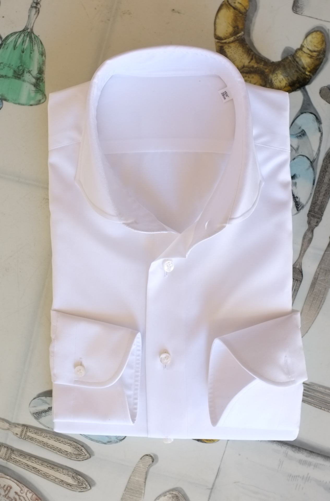 Idiot proof… patrickjohnsontailors:  The perfect white shirt. PJOHNSON