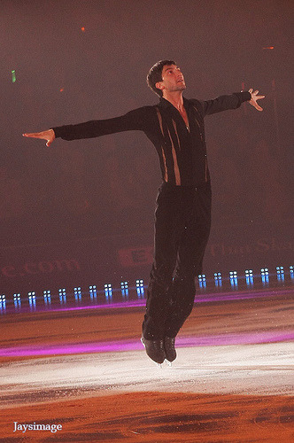 beautiful-shapes:  Evan Lysacek ATSS 2012
