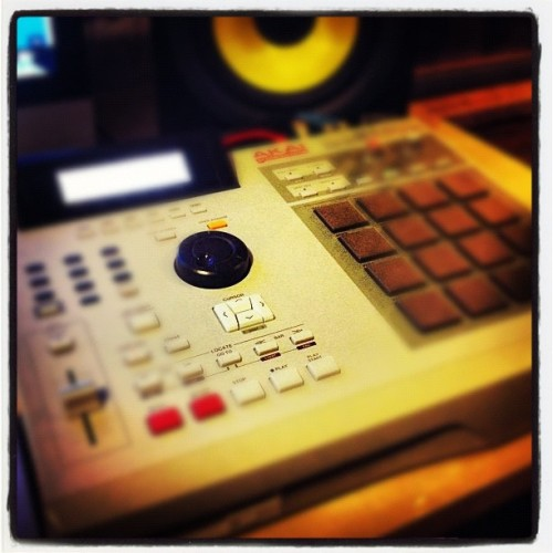 #akai #mpc #old #school #sample ##beat #instrumentak (Taken with instagram)