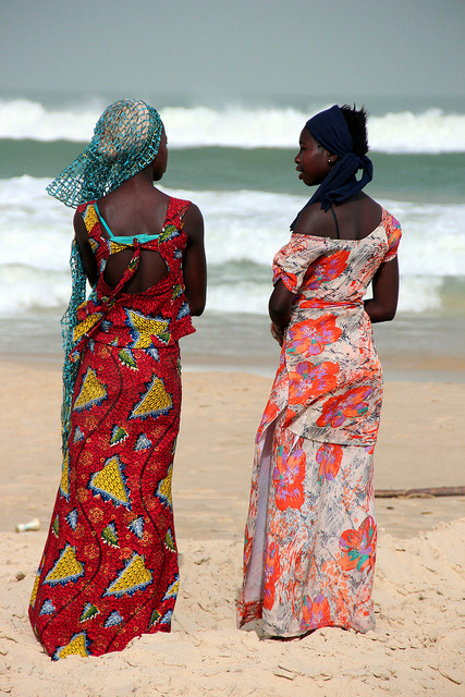 blackfashion:  Fisherwomen Of Senegal by Alan1954 on Flickr.