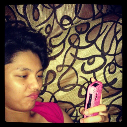 Le me so bored. (Taken with Instagram at THE PALM TOWERS CONDOMINIUM San Antonio )