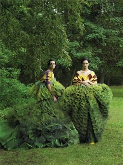 the-moustached-king:  'Garden of Delights', Karen Elson & Gemma Ward by Steven Meisel, Vogue US December 2006. Both dresses are from Christian Dior Fall Winter 2006 Haute Couture. From left to right: [1] [2]
