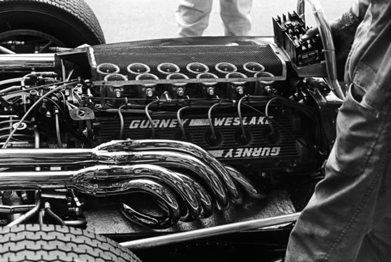 vs-design:  1967 Eagle T1G Gurney Weslake V12 Engine Amazing !
