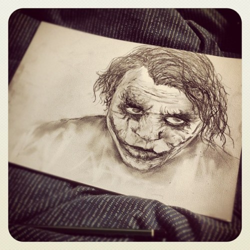 Quick 1 hour drawing of The Joker. Doesn't really look like him but was fun to draw! #drawing #sketch #thejoker #darkknight #heathledger #batman #illustration #art #blackandwhite #pencil   (Taken with instagram)
