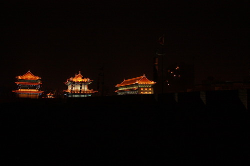 Xi'an City Wall  |  西安城墙 2nd April 2012  |  2012年4月2日