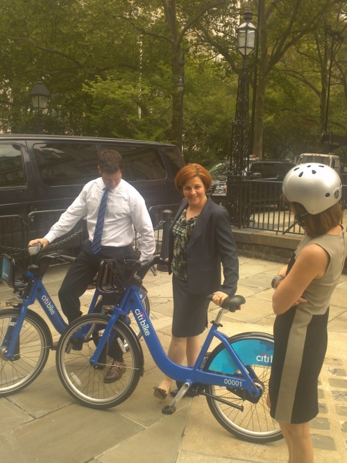 Speaker Quinn loves bike share!  'I find it slimming!'